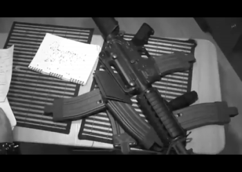 Глеб Самойлов и группа Matrixx, при участии Лёхи Никонова («Последние танки в Париже») — «Делайте бомбы», 2011