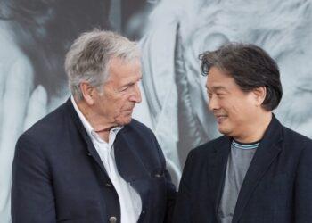 Пак Чхан Ук переснимет фильм Коста-Гавраса «Нож гильотины».