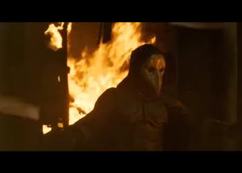 Казнь банкирши из фильма «Майор Гром: Чумной Доктор» (2021)