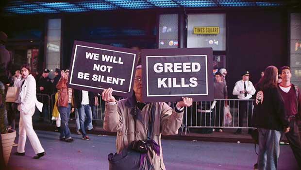 Кинохроники с магнитного холма (The Gravity Hill Newsreels: 12 Short Observations about Occupy Wall Street), 2011 (русские субтитры)